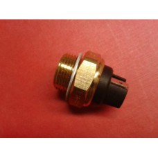 86/76 Temperature switch M22